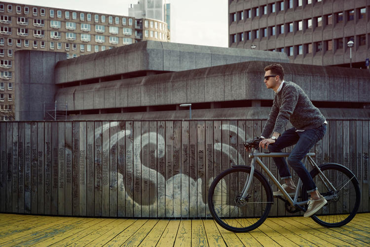 <p>VanMoof, a Dutch bike brand, says if its new smart bike gets stolen, it will find it for you, or else ship a completely new machine.</p>