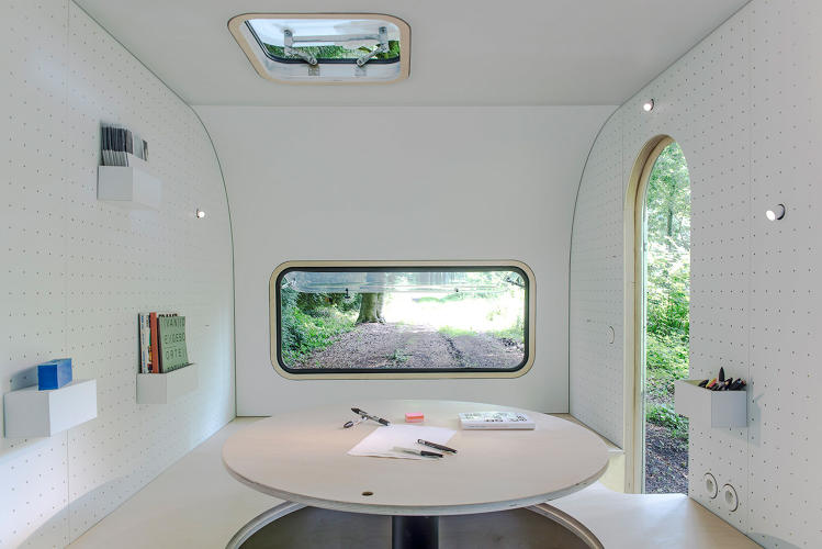 <p>Belgium-based studio Five AM bought an old caravan and converted it into a training facility for the ultimate change of scenery.</p>