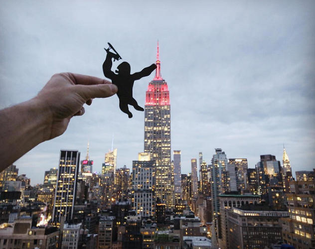 <p>Using paper and perspective, Rich McCor has fun with New York's Empire State Building...</p>