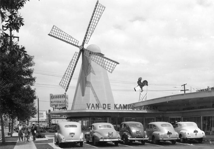 <p>While the bakeries--and their windmills--were iconic sights around L.A., they were slowly demolished. The Arcadia location is the last one standing.</p>