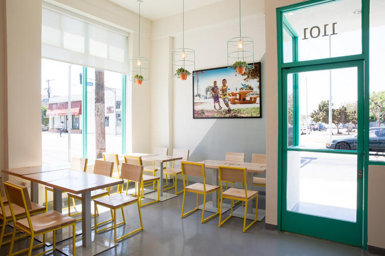 <p>The grab-and-go model keeps the cost structure low, and the restaurant can pass the savings to customers.</p>