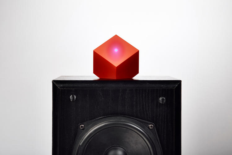 <p>The Vamp by Paul Cocksedge enables any speaker to play music via Bluetooth streaming.</p>