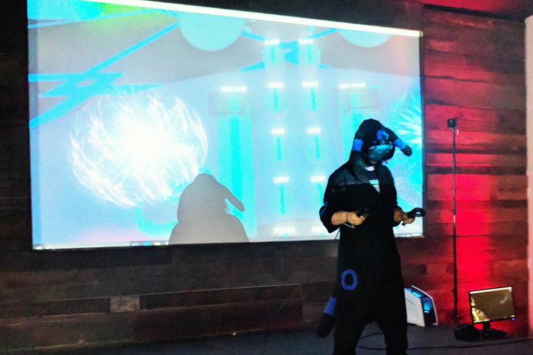 <p>DJs mixed music using a virtual reality system to get the dance floor moving.</p>
