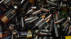 "With ""Self-Healing"" Batteries, Longer Smartphone Battery Life Is Within Reach"