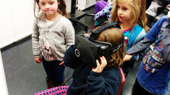 Testing Facebook's Oculus Rift Headset In An Elementary School, Here's What Teachers Say