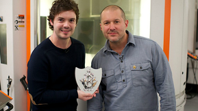 Jonathan Ive Given Gold Badge By Blue Peter, World's Longest-Running TV Show