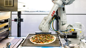 This Robo Pizza Company Bakes Your Pie As It Drives To Your House