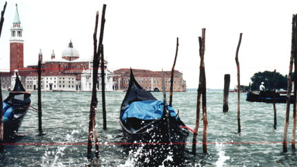 The Parallel Worlds Of Gondolas And iPads